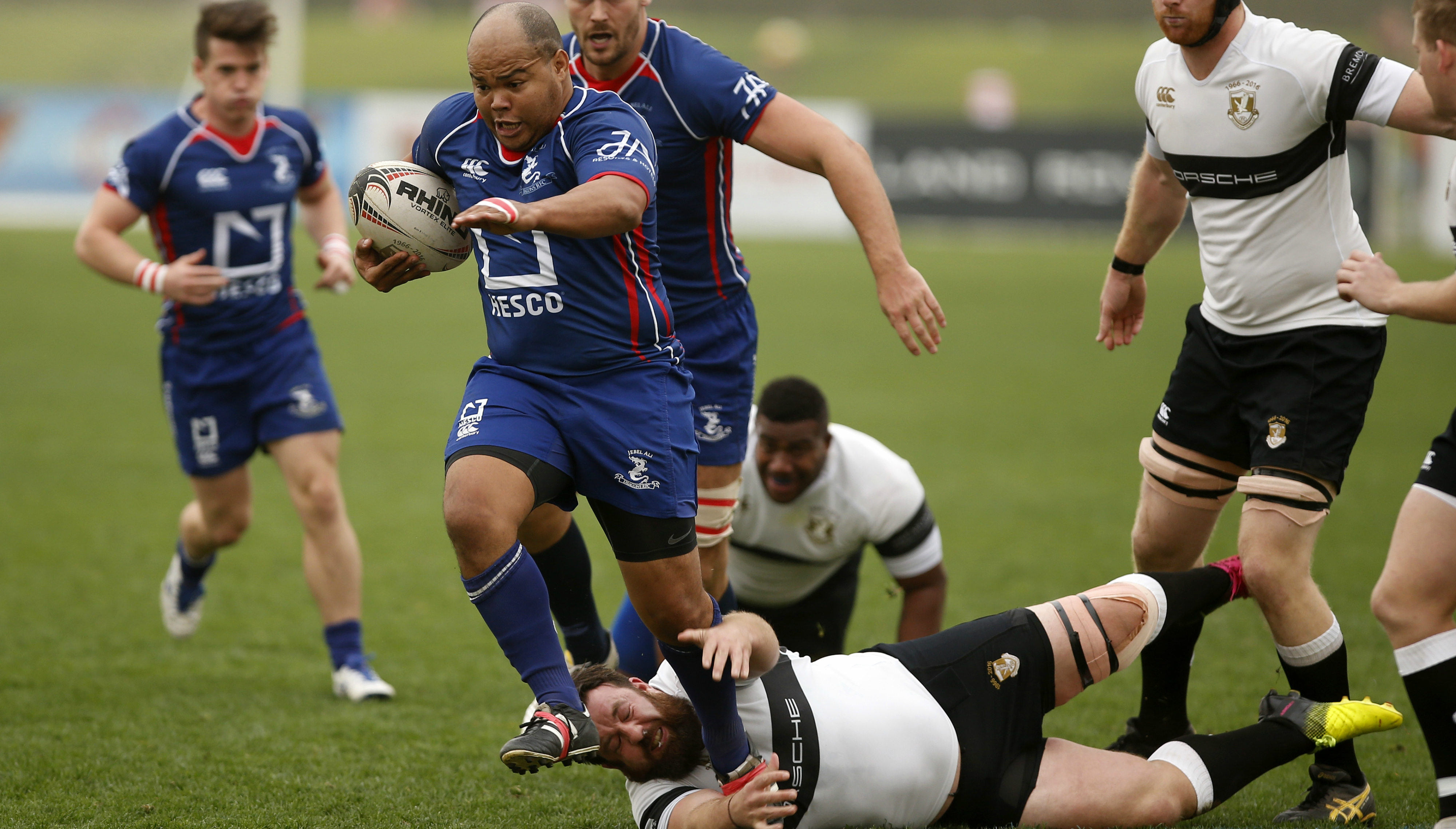 Gio Fourie, now of Exiles, in action against them for Dragons last season