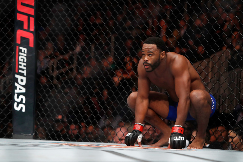 UFC 209: Evans v Kelly