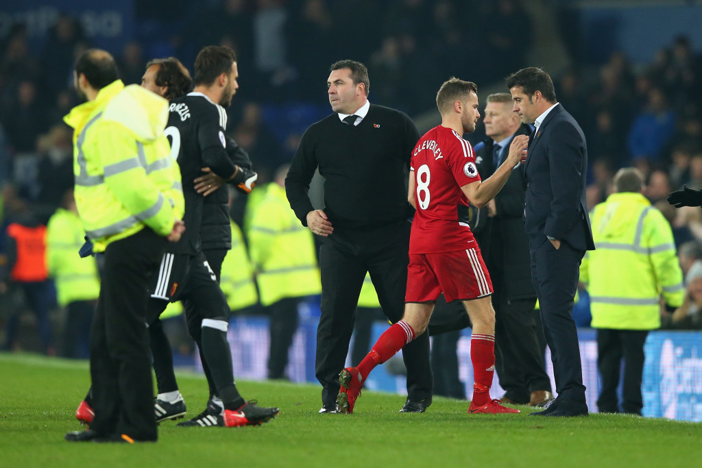 LIVERPOOL, ENGLAND - NOVEMBER 05: Tom Cleverley of Watford and Marco Silva, Manager of Watford embrace after the Premier League match between Everton and Watford at Goodison Park on November 5, 2017 in Liverpool, England. (Photo by Alex Livesey/Getty Images)