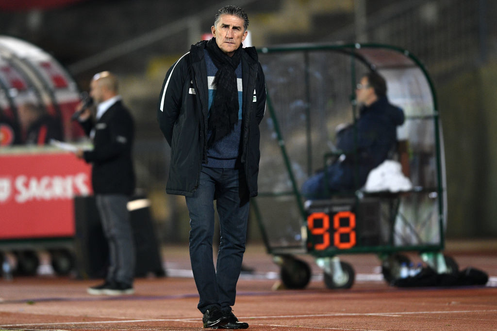 Pizzi replaces Edgardo Bauza who was dismissed last week.