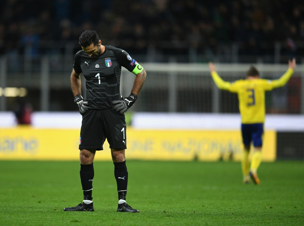 MILAN, ITALY - NOVEMBER 13: Gianluigi Buffon of Italy dejected at the end of the FIFA 2018 World Cup Qualifier Play-Off: Second Leg between Italy and Sweden at San Siro Stadium on November 13, 2017 in Milan, Sweden. (Photo by Claudio Villa/Getty Images)