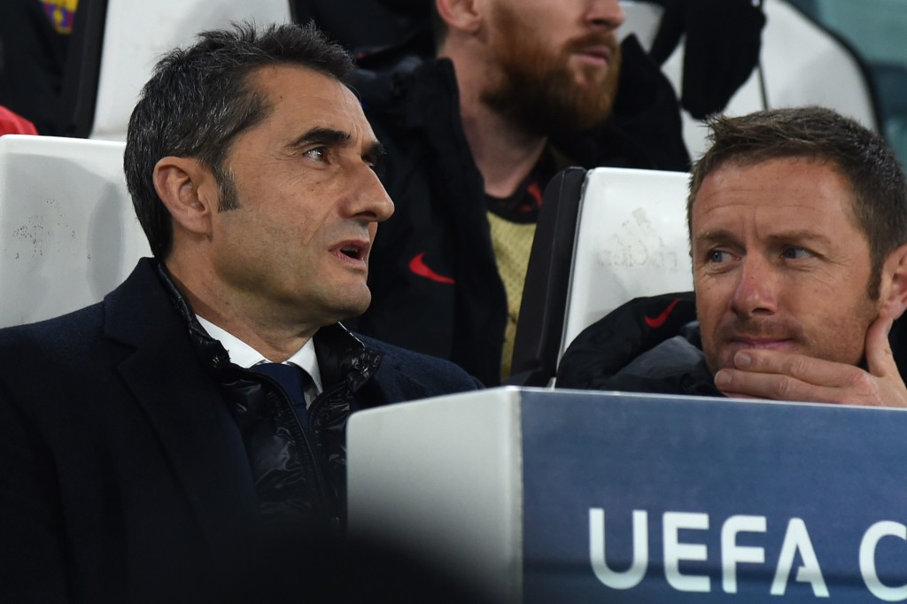 Ernesto Valverde looks on during the clash with Juve