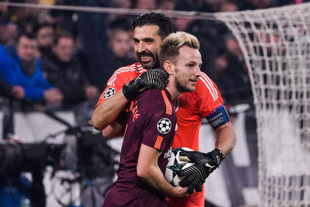 Gigi Buffon shares joke with midfielder Ivan Rakitic