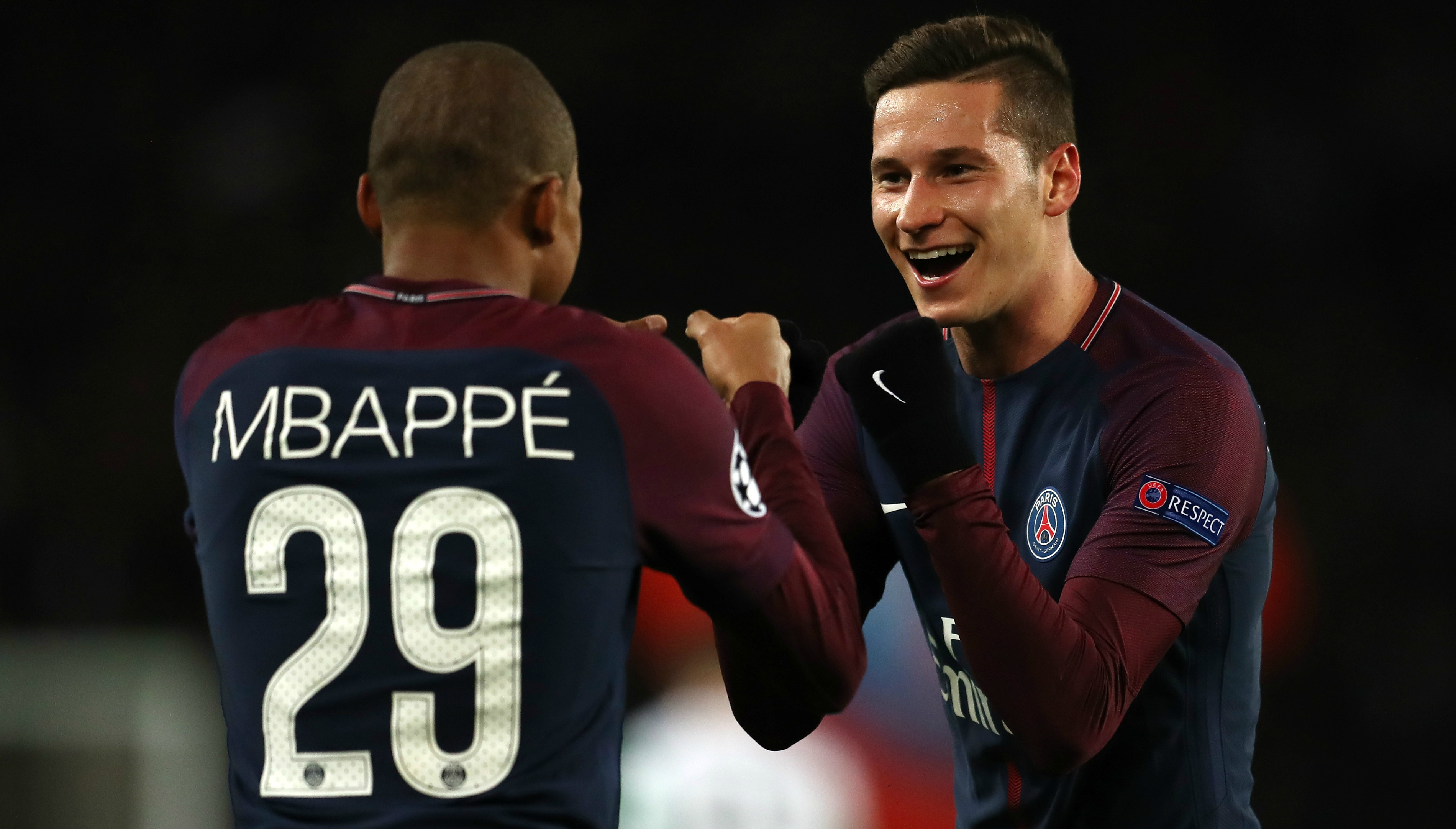 Arsenal open talks with PSG attacker Julian Draxler about loan deal