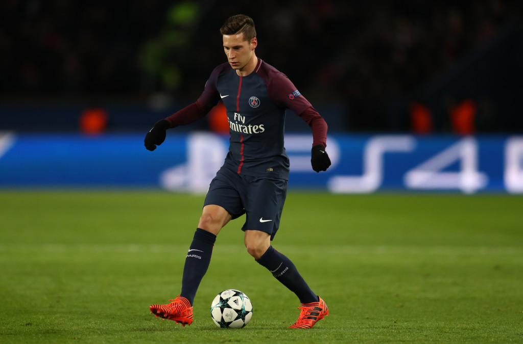 PARIS, FRANCE - NOVEMBER 22: Julian Draxler of PSG during the UEFA Champions League group B match between Paris Saint-Germain and Celtic FC at Parc des Princes on November 22, 2017 in Paris, France. (Photo by Catherine Ivill/Getty Images)