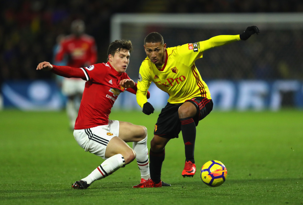WATFORD, ENGLAND - NOVEMBER 28: Richarlison de Andrade of Watford evades Victor Lindelof of Manchester United during the Premier League match between Watford and Manchester United at Vicarage Road on November 28, 2017 in Watford, England. (Photo by Richard Heathcote/Getty Images)
