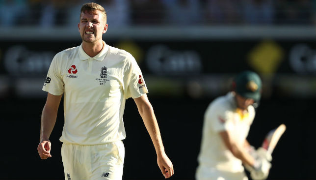 England choose to bat as Warner, Marsh cleared to play for Australia