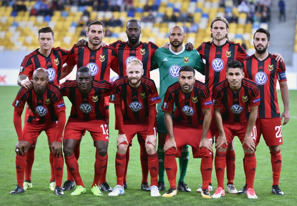 Ostersund's players pose for a photo before the UEFA Europa League Group J football match between Zorya Lugansk and Ostersunds FK in Lviv on September 14, 2017. / AFP PHOTO / Genya SAVILOV (Photo credit should read GENYA SAVILOV/AFP/Getty Images)