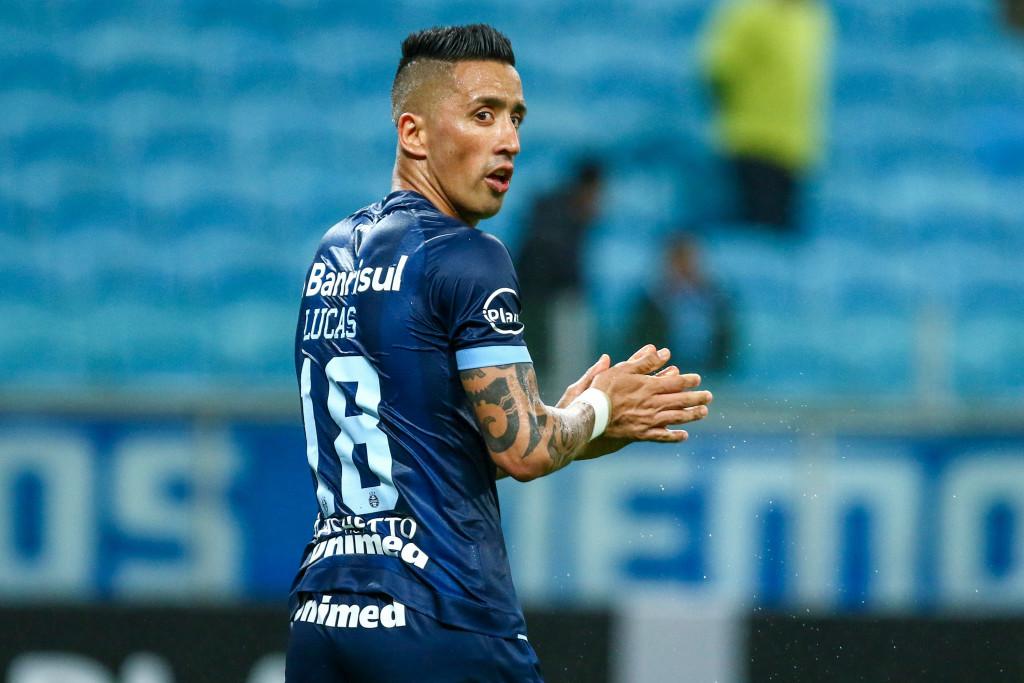 Lucas Barrios of Gremio