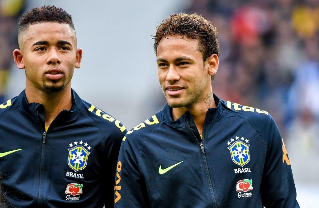 Neymar (R) with Gabriel Jesus