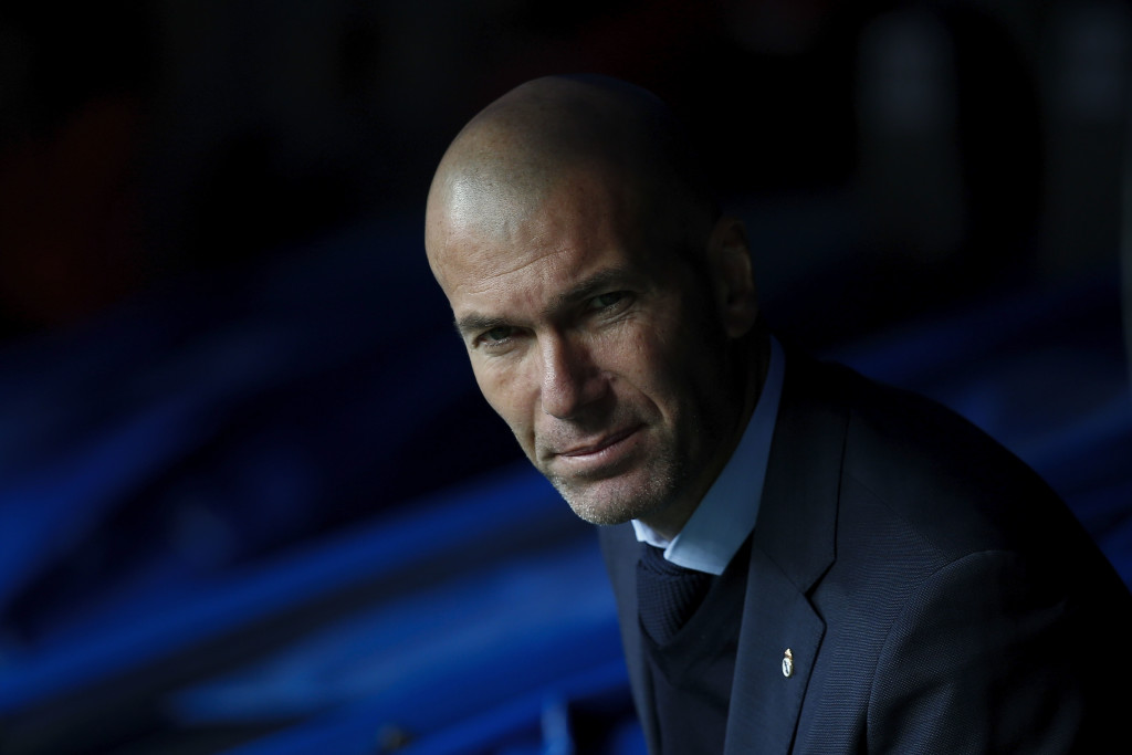 MADRID, SPAIN - DECEMBER 09: Head coach Zinedine Zidane of Real Madrid CF looks on from the bench prior to start the La Liga match between Real Madrid CF and Sevilla FC at Estadio Santiago Bernabeu on December 9, 2017 in Madrid, Spain . (Photo by Gonzalo Arroyo Moreno/Getty Images)
