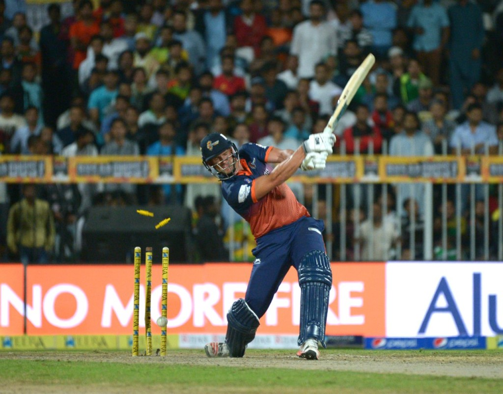Kerala Kings beat Bengal Tigers in the opening match.