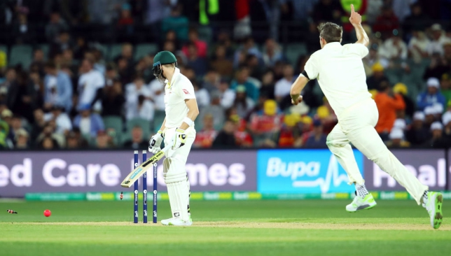 Joe Root urges his men to fight back after Steve Smith's laugh