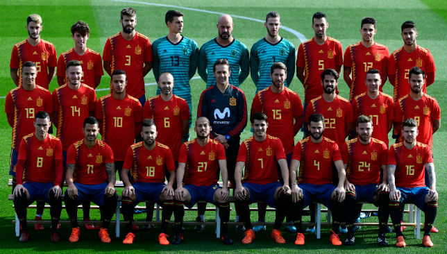 Posing for the team photograph: Spain