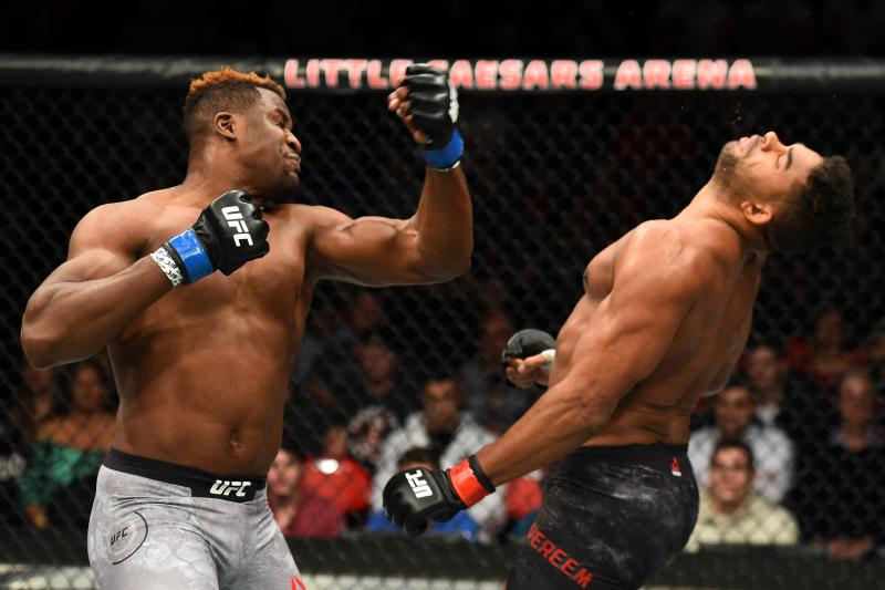 Francis Ngannou knocks out Alistair Overeem