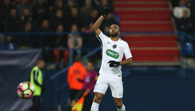 Tottenham Hotspur agree fee with Paris Saint-Germain for Lucas Moura?