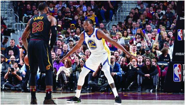 Durant out-duels LeBron as Warriors sweep season series with Cavs
