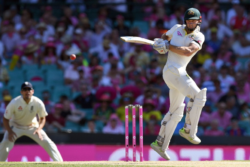 Australia's Shaun Marsh hooks a delivery from the England bowling on the third day of the fifth Ashes cricket Test match at the SCG in Sydney on January 6, 2018. / AFP PHOTO / William WEST / -- IMAGE RESTRICTED TO EDITORIAL USE - STRICTLY NO COMMERCIAL USE -- (Photo credit should read WILLIAM WEST/AFP/Getty Images)