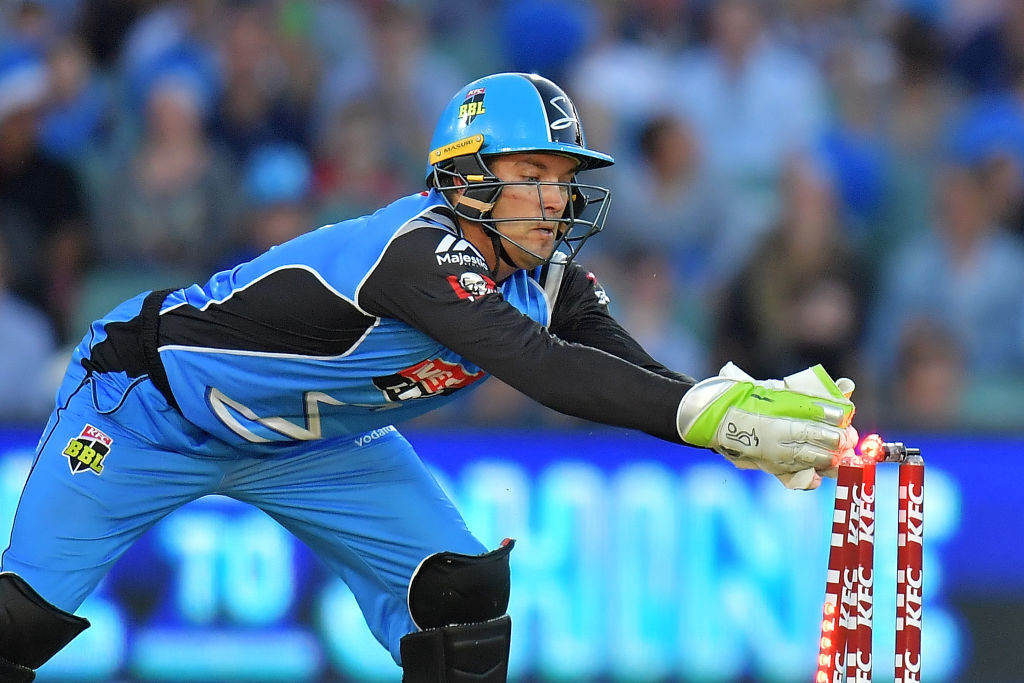 Carey will take the gloves for Australia if Paine is unable to recover.