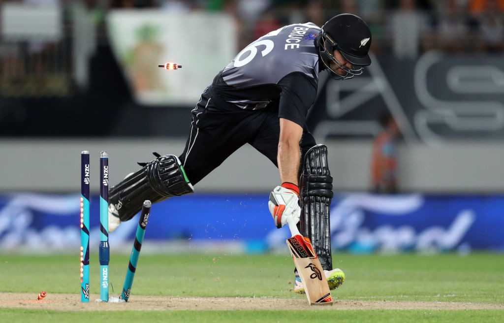 Sohail's direct hit caught Bruce well short to start a New Zealand collapse.