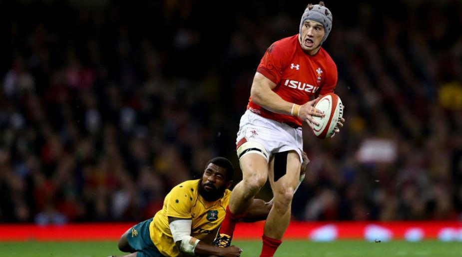 Jonathan Davies returns for Wales.