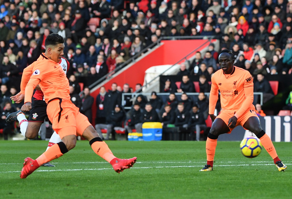 Roberto Firmino love to play in orange.