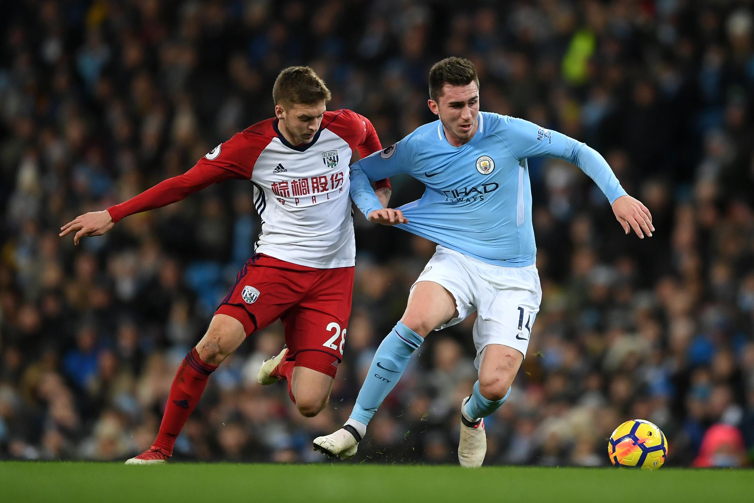 Defour and Tarkowski to miss City clash