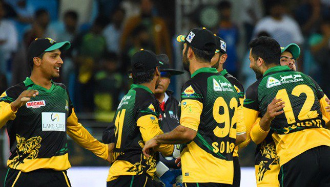 Lahore Qalandars win toss, bowl against Multan Sultans