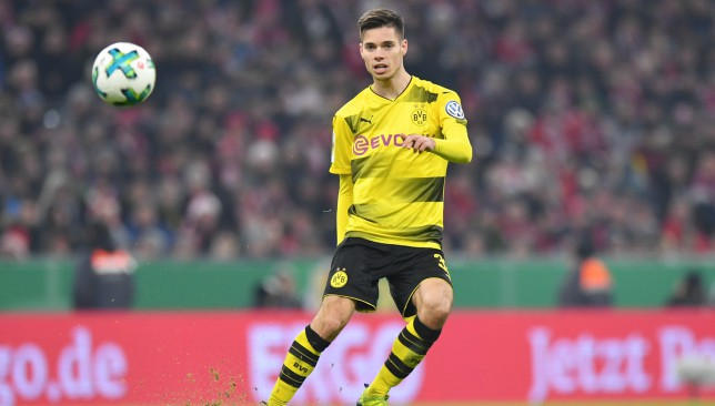 Dortmund to demand £40m for Man City defensive midfield target