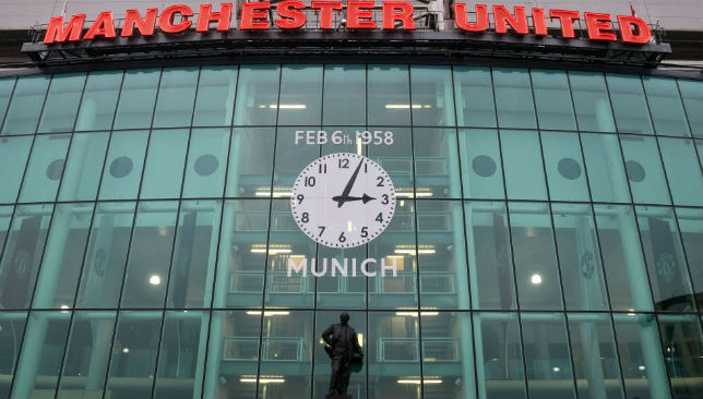 Man Utd fans slam Munich air crash memorabilia auctions