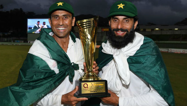 Younis Khan (L) and captain Misbah-ul-Haq