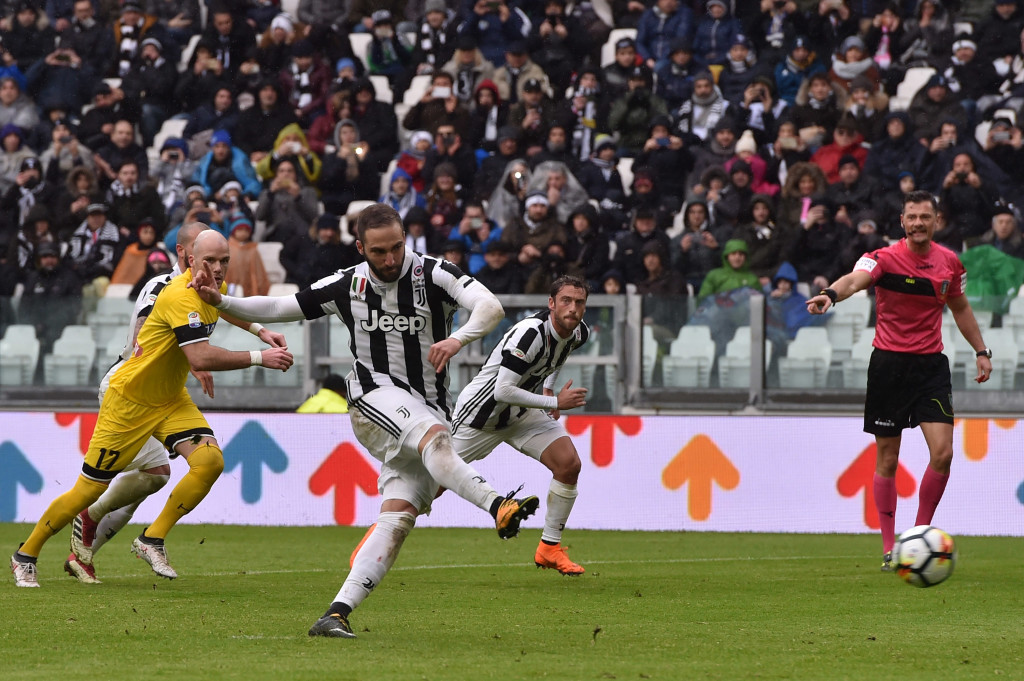 Higuain had a mixed day for Juventus, missing a penalty but getting an assist.