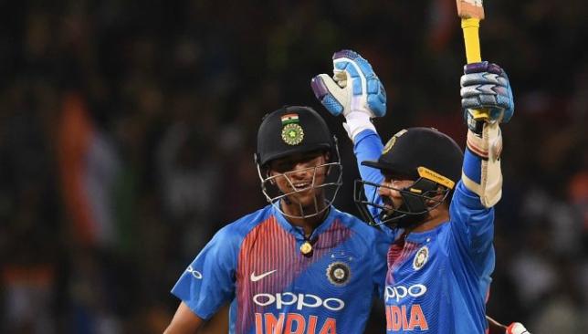 Sabbir drives Bangladesh to 166-8 in T20 tri-series final