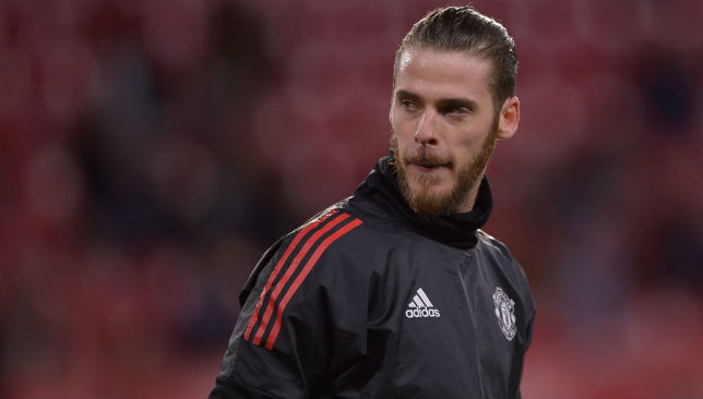 David de Gea 'to sign new £350k-a-week Manchester United deal'
