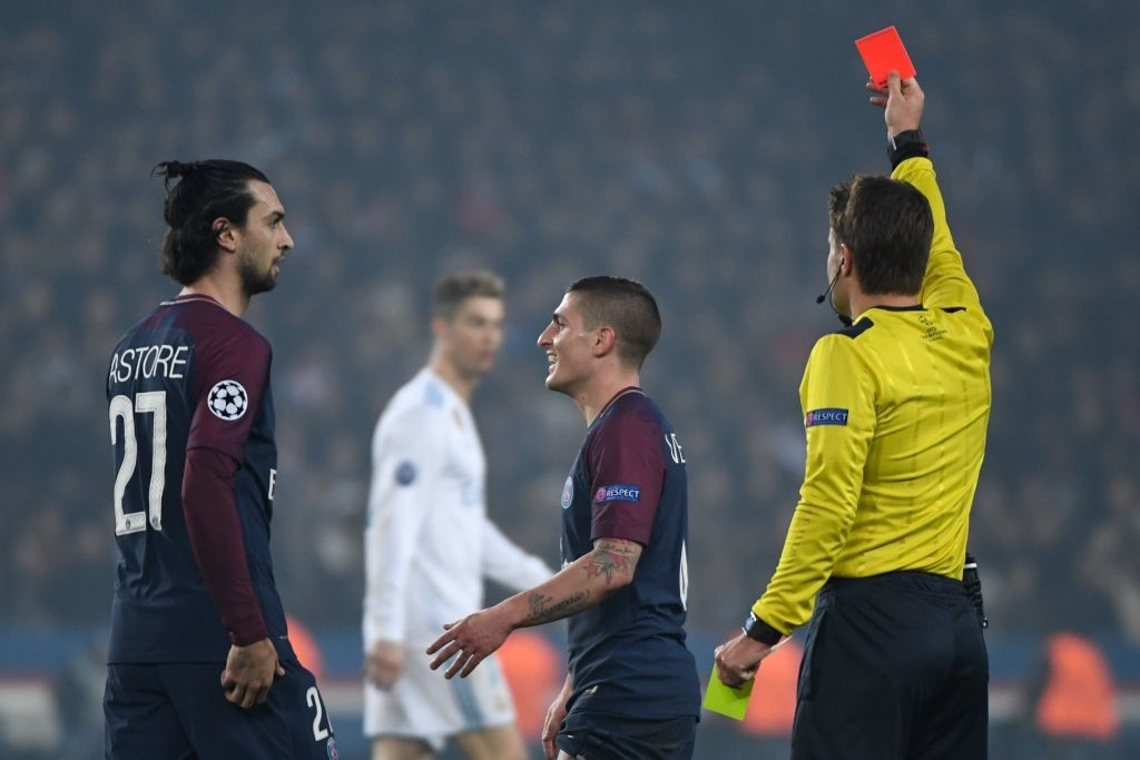 PSG gave up after Marco Verratti (2L) was dismissed.