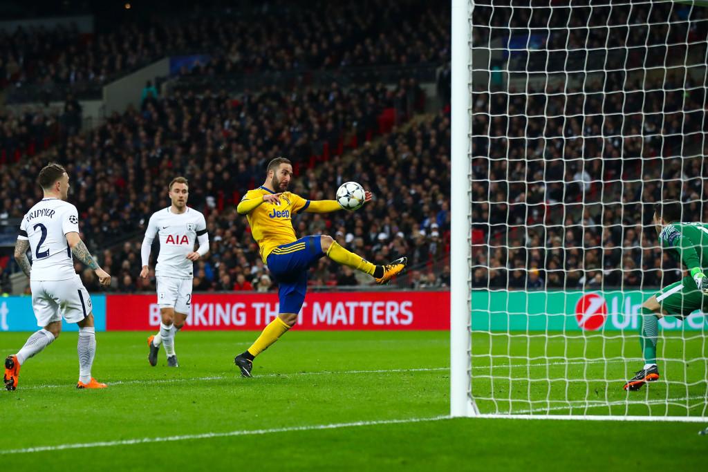 Gonzalo Higuain of Juventus scores the equalising goal.