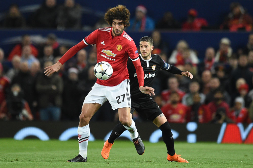 Marouane Fellaini (L)