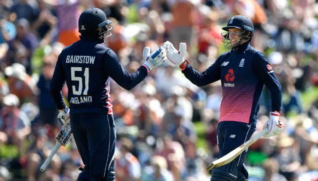 Joe Root (r) congratulates century maker Jonny Bairstow