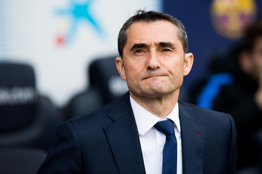 Valverde has to decide whether to stick to his trusted 4-4-2.