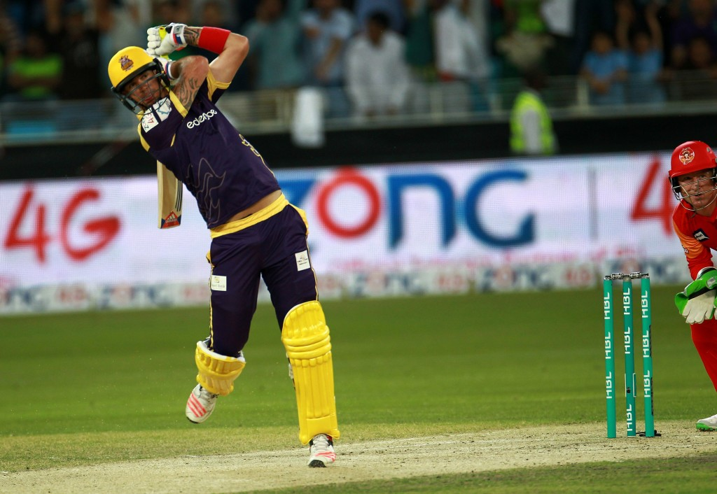 Kevin Peterson of Quetta Gladiators plays a shot against Islamabad United during the final of Pakistan Super League at the Dubai cricket stadium on February 23, 2016. / AFP / STRINGER (Photo credit should read STRINGER/AFP/Getty Images)