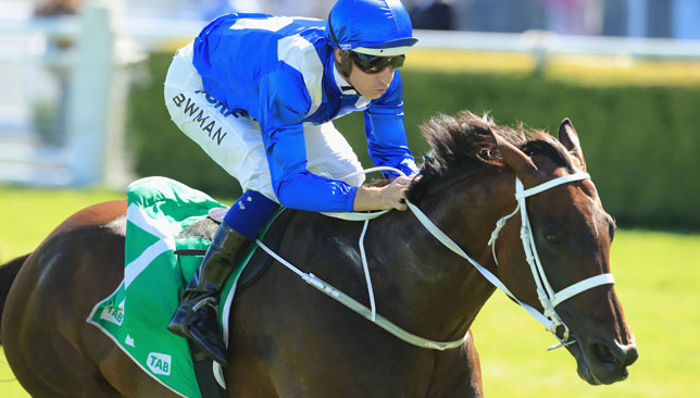 Winx wins Queen Elizabeth Stakes to stretch streak to 25 wins