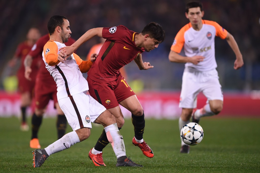 Shakhtar Donetsk's Brazilian defender Ismaily (L) fights for the ball with Roma's Turkish midfielder Cengiz Under during the UEFA Champions League round of 16 second leg football match AS Roma vs Shakhtar Donetsk on March 13, 2018 at the Olympic stadium in Rome. / AFP PHOTO / Filippo MONTEFORTE (Photo credit should read FILIPPO MONTEFORTE/AFP/Getty Images)