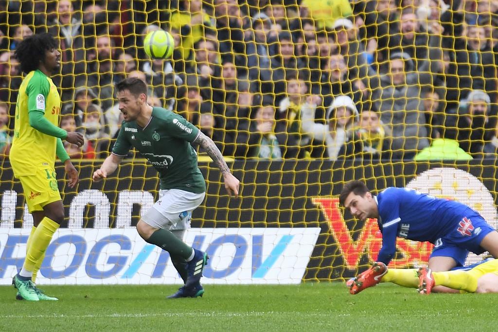 Saint-Etienne's Mathieu Debuchy scores against Nantes