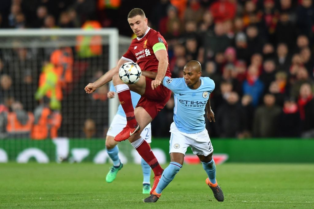 Fernandinho (R) struggled to get on the ball vs Liverpool