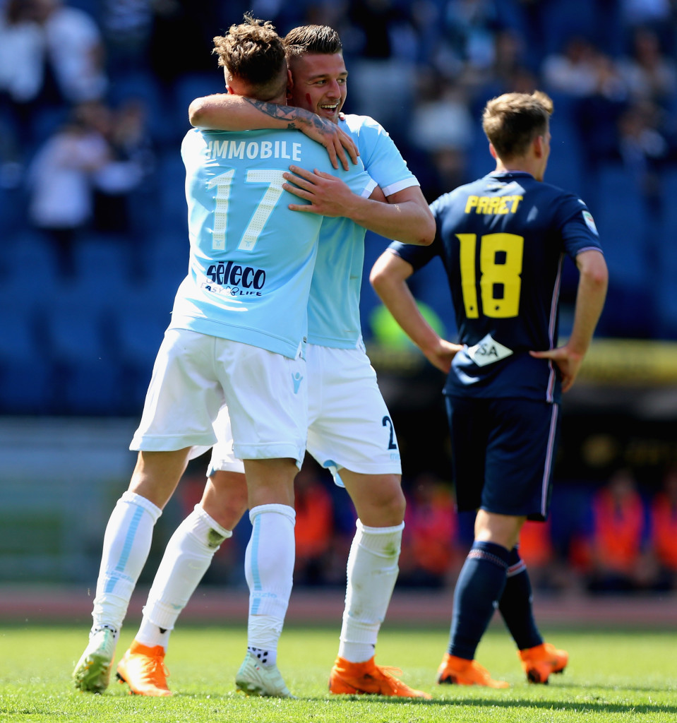 ROME, ITALY - APRIL 22: Sergej Milinkovic with his teammate Ciro Immobile of SS Lazio celebrates after scoring the opening goal during the serie A match between SS Lazio and UC Sampdoria at Stadio Olimpico on April 22, 2018 in Rome, Italy. (Photo by Paolo Bruno/Getty Images)