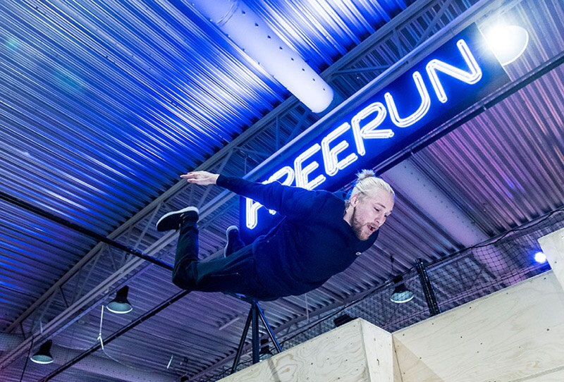 Experience the frills of Free-running at BOUNCE
