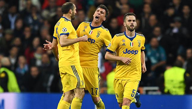 Mario Mandzukic of Juventus celebrates