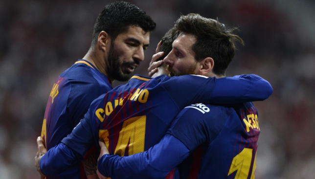 Lionel Messi and Luis Suarez apparently want Philippe Coutinho to play alongside them up front.
