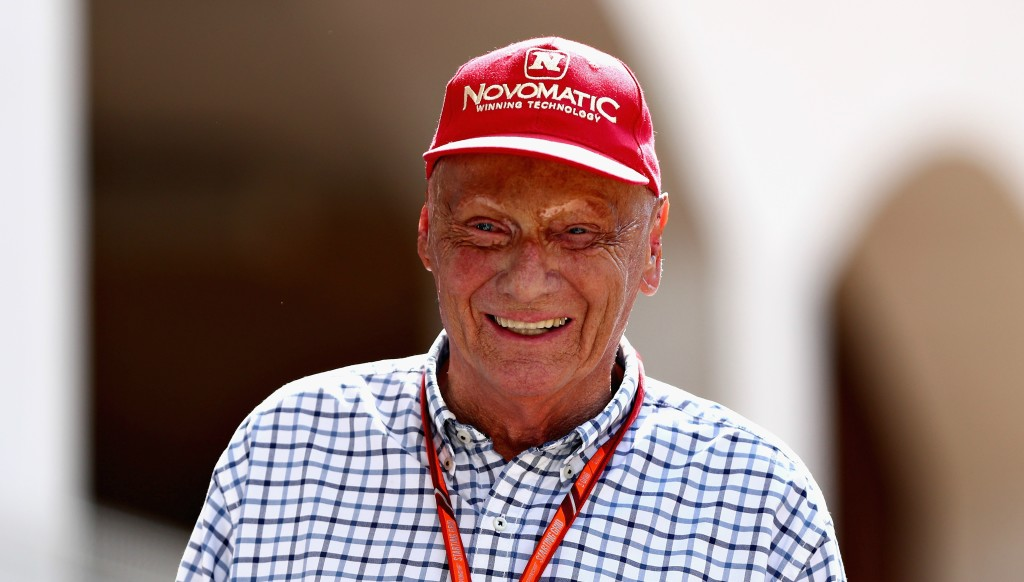 Niki Lauda believes Max Verstappen must alter his style.
