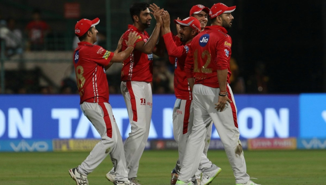IPL: AB de Villiers smashes 57 to help RCB beat Kings
